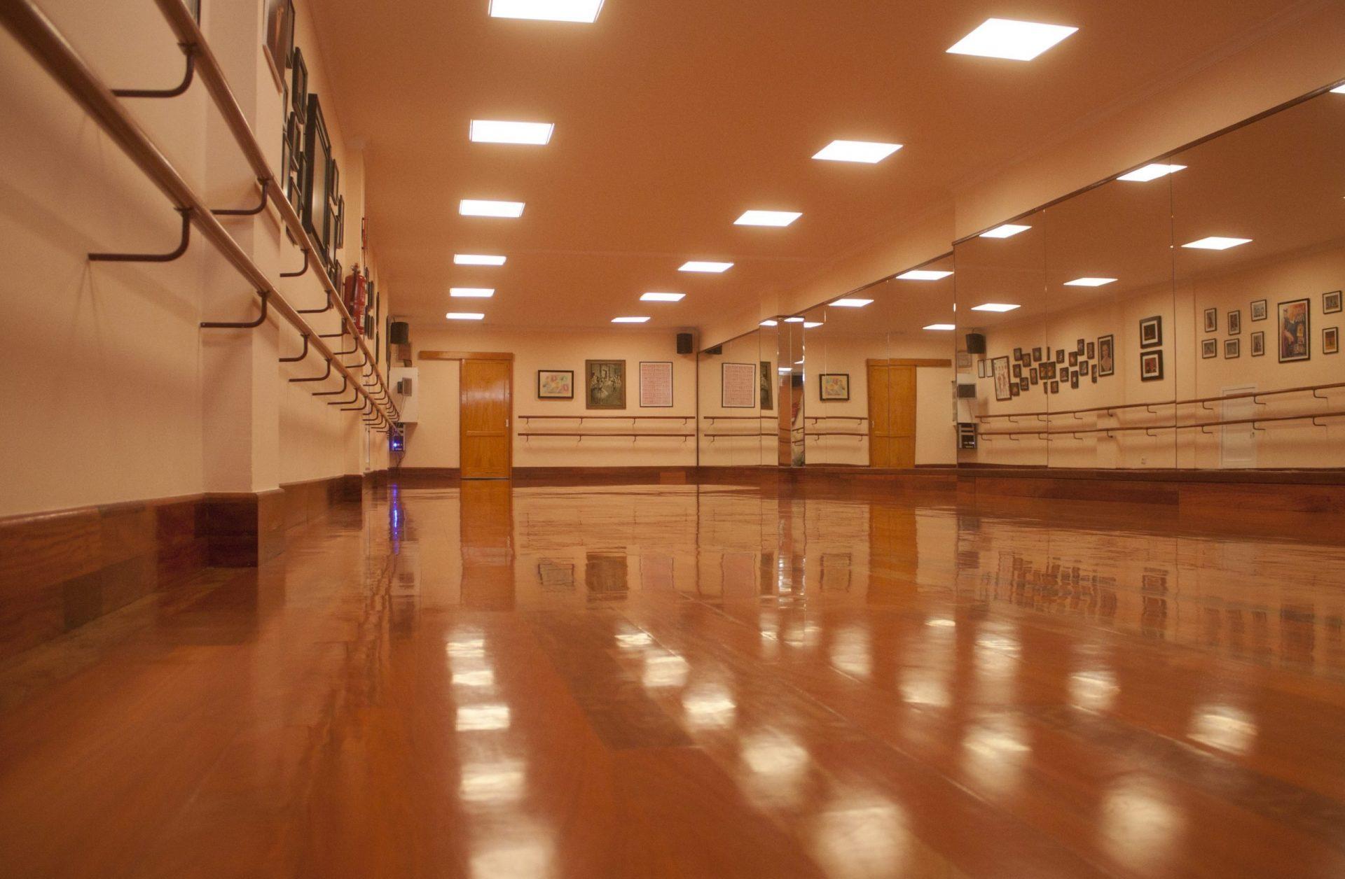 Centro de Danza Sandra Santa Cruz_Instalaciones_Aula de Danza