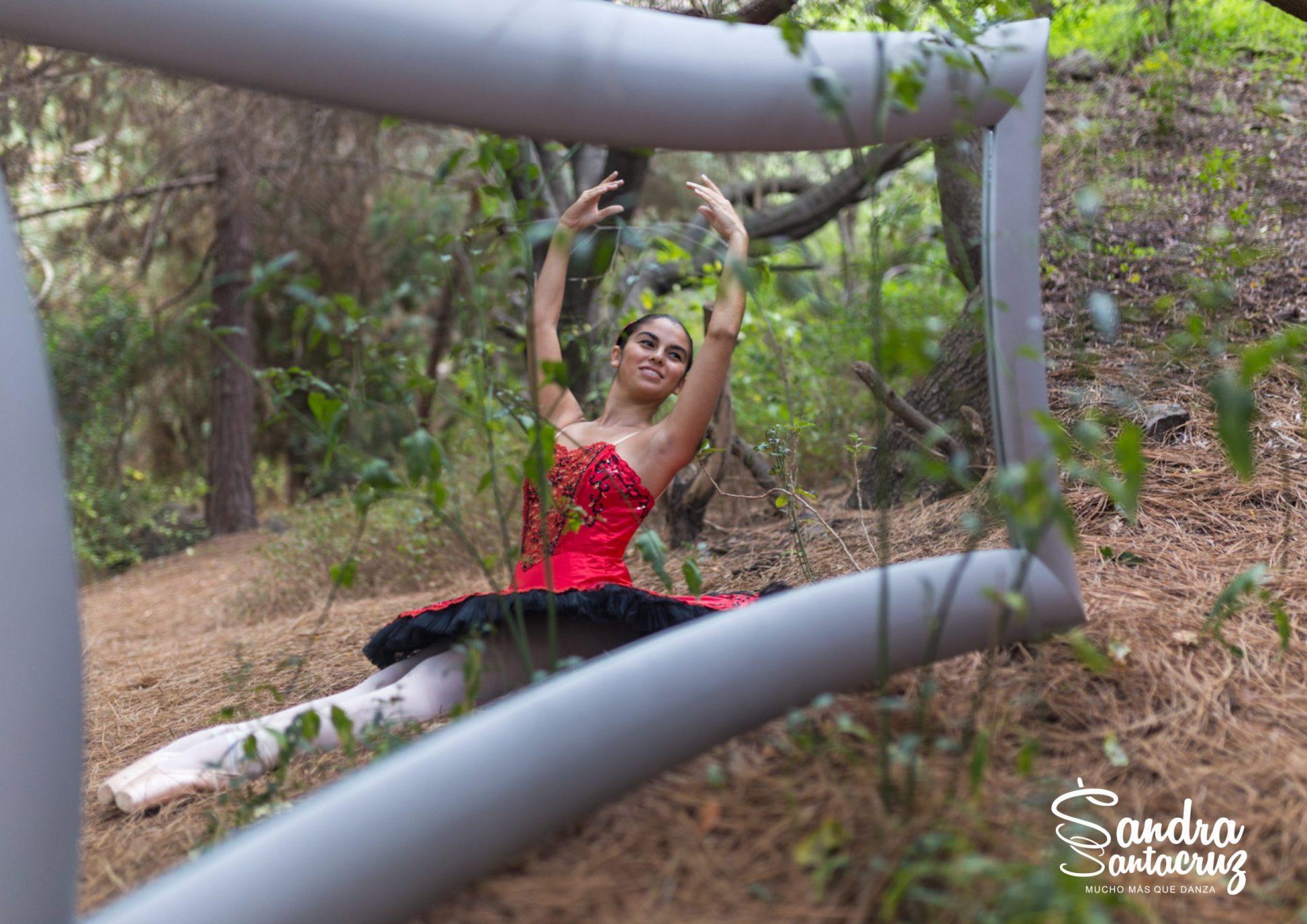 Centro de Danza Sandra Santa Cruz, nuestro trabajo es Muchomasquedanza